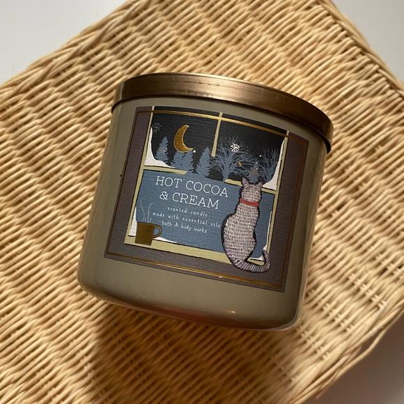 Hot CoCoa & Cream Bath & Body Works Candle